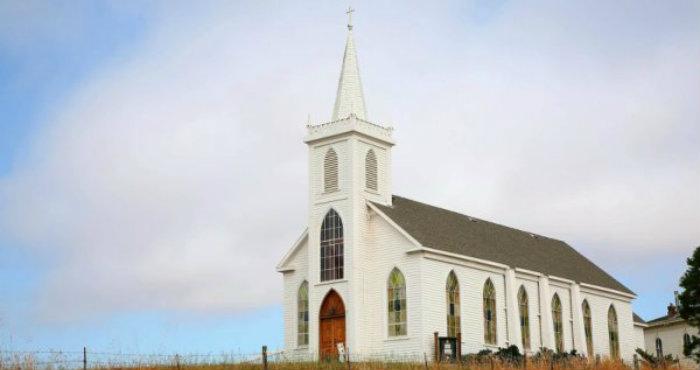 Percaya Tidak, Inilah 3 Gereja Paling Berhantu di Dunia