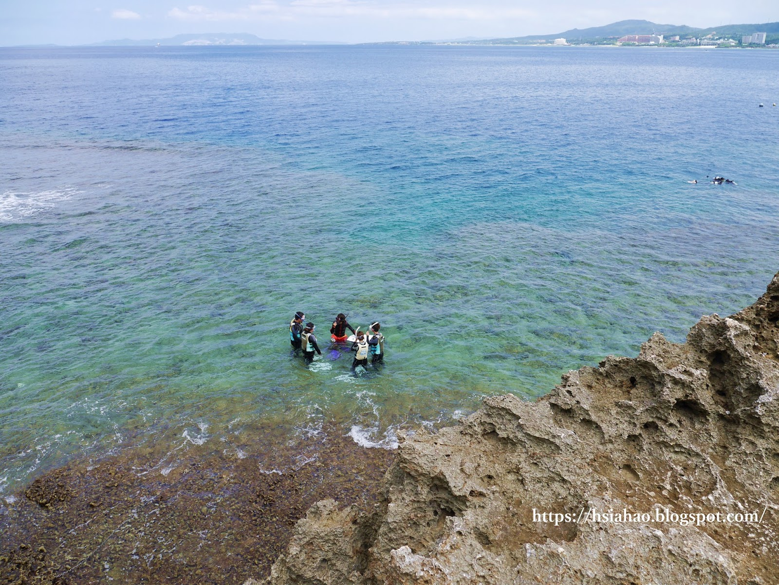 沖繩-景點-推薦-真榮田岬-青之洞窟-潛水-浮潛-青の洞窟-自由行-旅遊-Okinawa-diving-snorkeling-maeda-cape-blue-cave