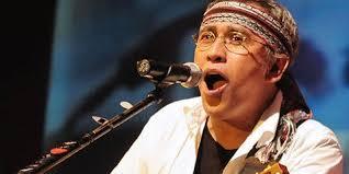 Lirik lagu dan Chord Gitar Iwan Fals - Hadapi Saja