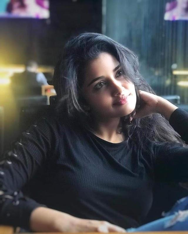Actress Anupama Parameswaran Latest Photos