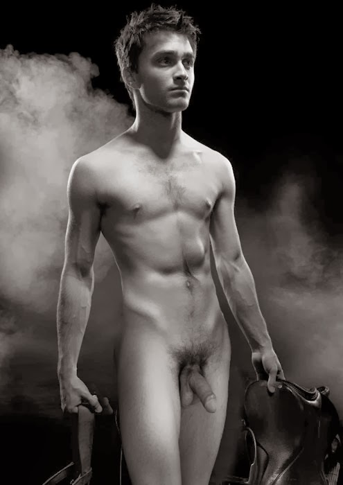 Pictures Of Nude Male 102