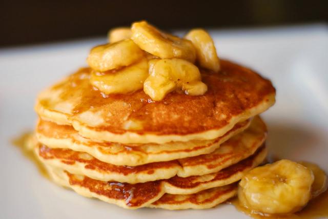 spesialresep.com - Spesial Resep Cara Membuat Pancake Pisang Sederhana