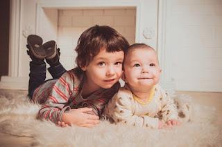 Image: Babe kid portrait cheerful smile small child, by Виктория Бородинова, on Pixabay