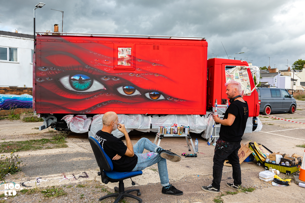 Street Artist My Dog Sighs in conversation with artist Nol