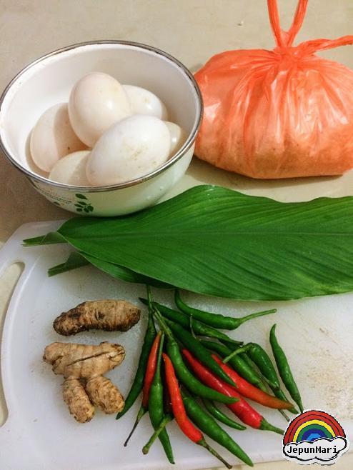 Resepi telur itik masak lemak cili api Negeri Sembilan