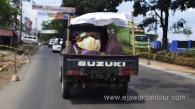 Tips Liburan Naik Kendaraan Angkot Ala Kampung