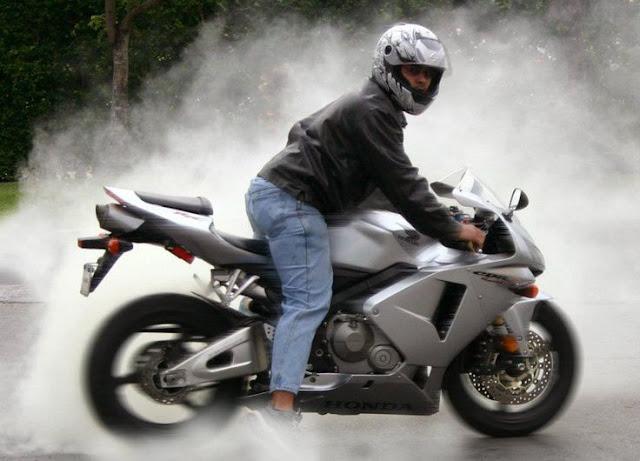 Hướng dẫn đoán bệnh môtô bằng cách nhìn màu khói