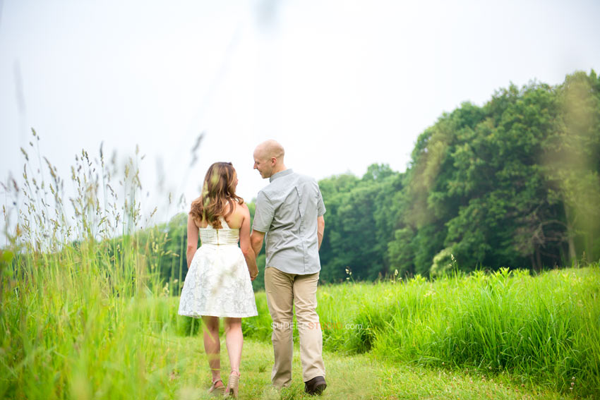 Nature Farm Park Engagement picture ideas - Sudeep Studio.com