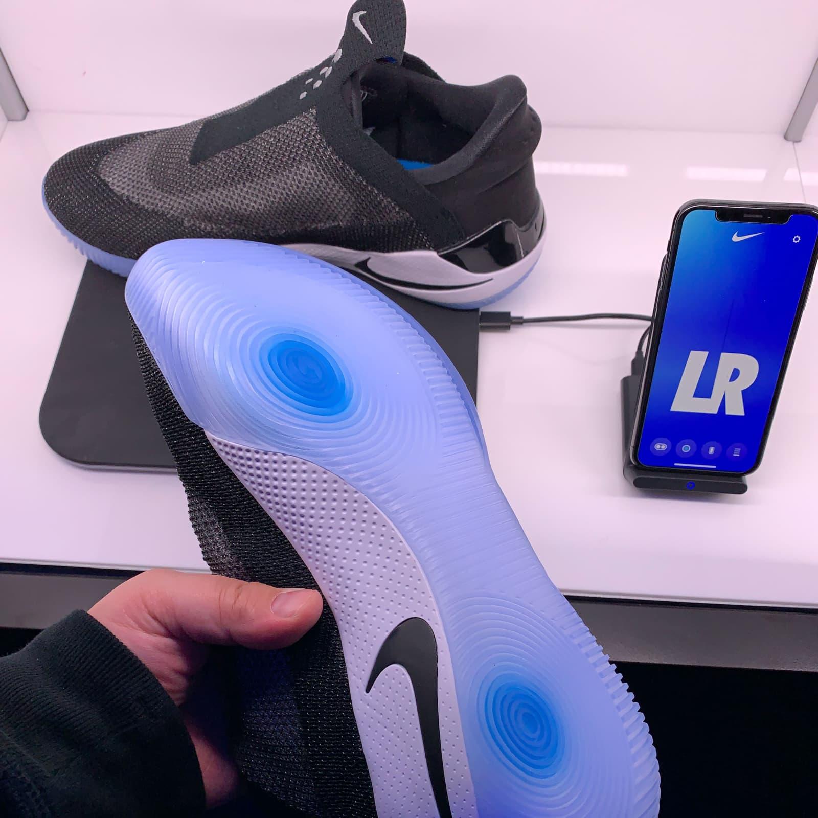 Aberto até de Madrugada: Nike Adapt BB são sapatilhas auto