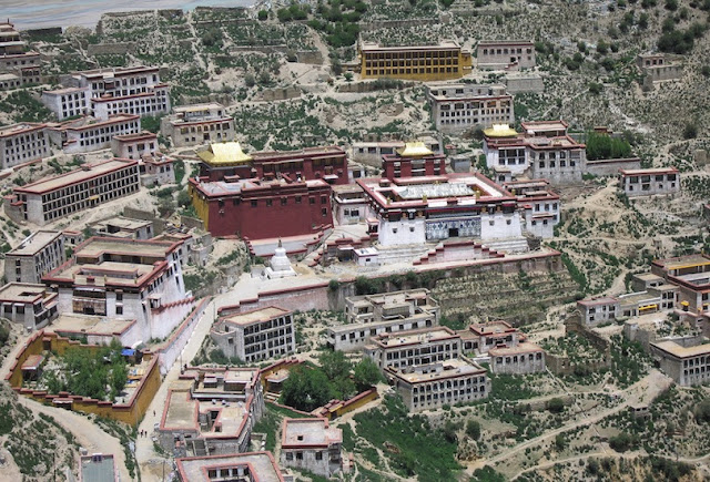 Amazing Buddhist Monasteries