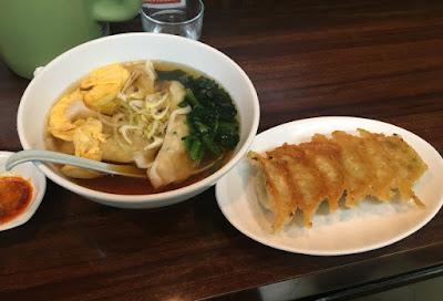 龍門の龍門餃子とスープ餃子