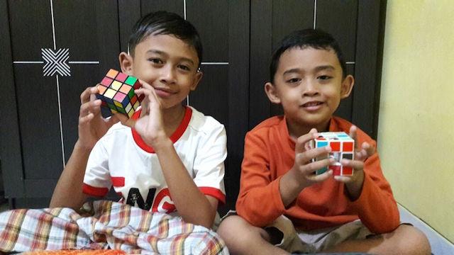 Manfaat Bermain Rubik