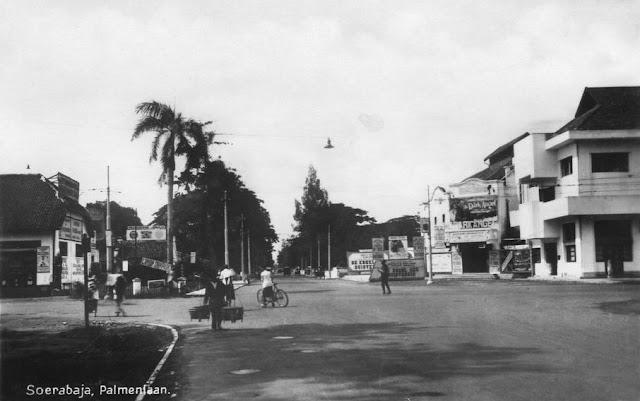Palmen Laan Street (Jenderal Sudirman Street) c1930
