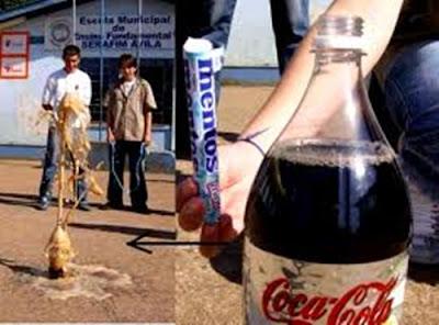 هناك شيء اذا شربته مع المياه الغازيه تموت في الحال ..تعرفوا على هذا الشيء الذي لو تناولته اثناء شرب المياه الغازيه تموت في الحال وشير لتفيد غيرك