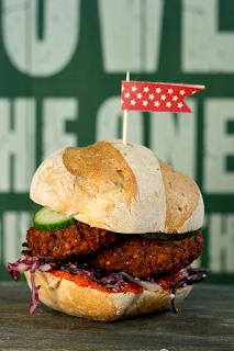 http://www.greencooking.pl/2014/02/weganskie-burgery-z-czerwonej-fasoli.html