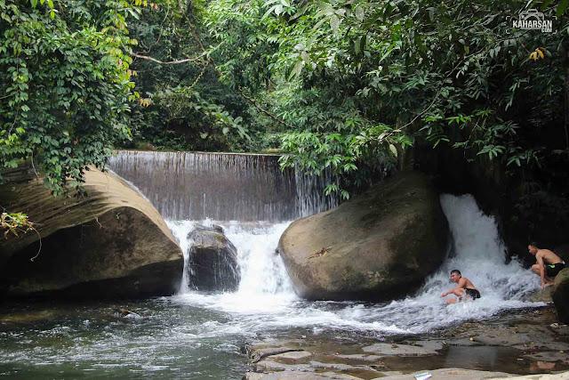Tingkat 3 Air Terjun Tengai' Wisata Kec Nanga Mahap Kab Sekadau - kaharsan