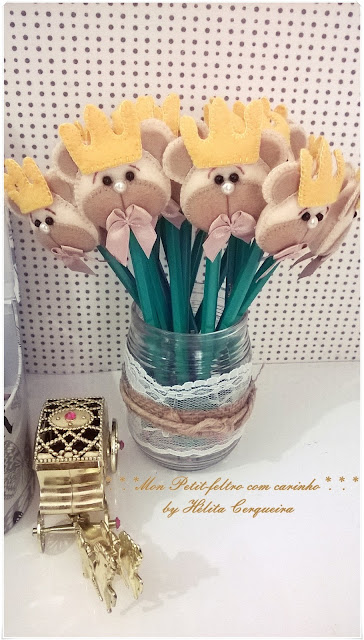 lembrancinhas-em feltro-ponteira de lápis-aniversário-chá de bebê-chá de fralda-ursinho-príncipe-bear-prince-handmade-feltro-felt-fieltro