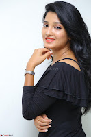 Deepthi Shetty looks super cute in off shoulder top and jeans ~  Exclusive 42.JPG