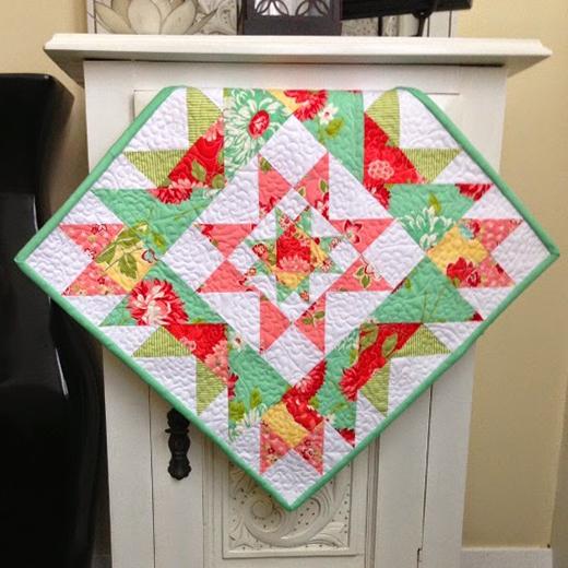 Star Cluster Mini Quilt Free Pattern