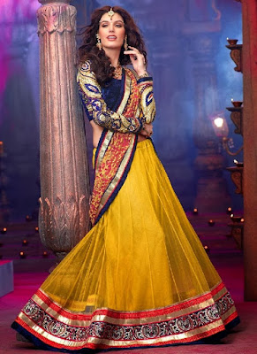 Indian-wedding-lehenga-blouse-designs-2017-for-bridal-9