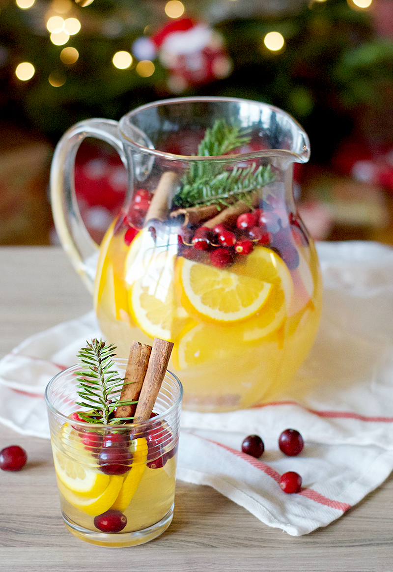 Cranberry Orange Christmas Sangria | Obsessive Cooking Disorder