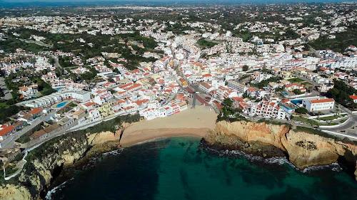 Imagem aérea de Carvoeiro – Portugal
