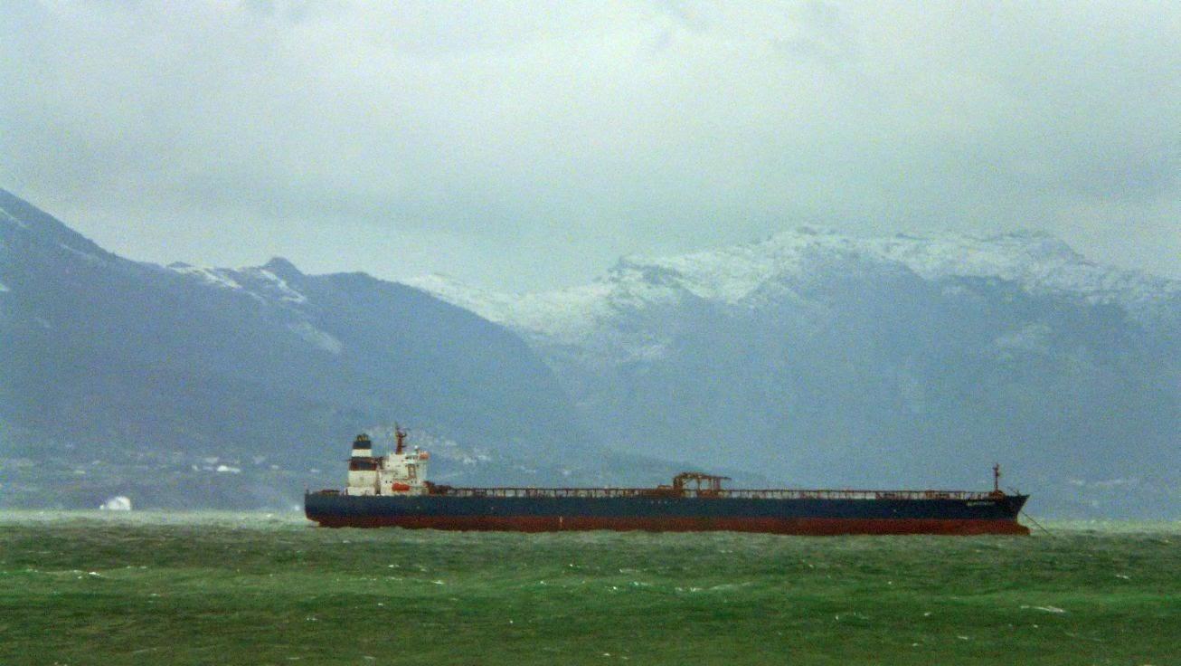 nieve playa sopelana barco
