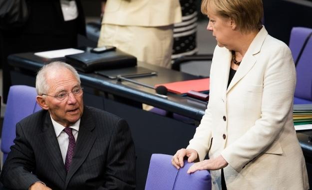 Σόιμπλε: Ελάφρυνση χρέους όπως την επιθυμεί το ΔΝΤ ισοδυναμεί με 4ο Μνημόνιο για την Ελλάδα