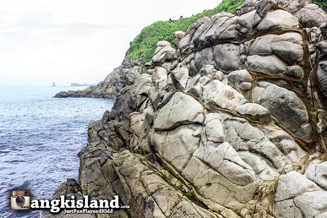 batu bergaris