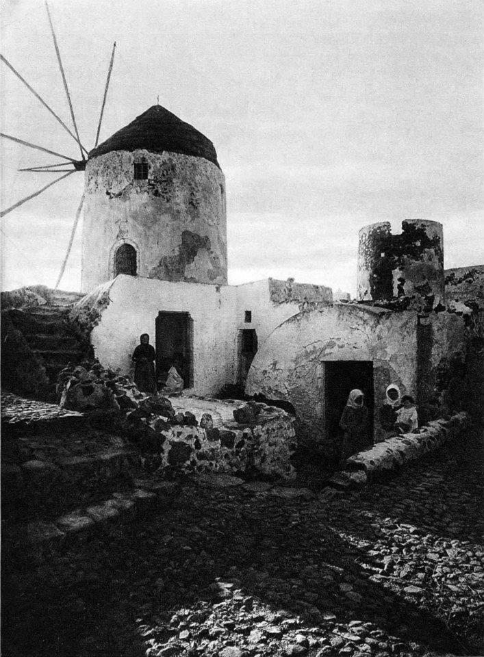 Old photos of Santorini (Path 1)   602584 507538705930126 1604235946 n