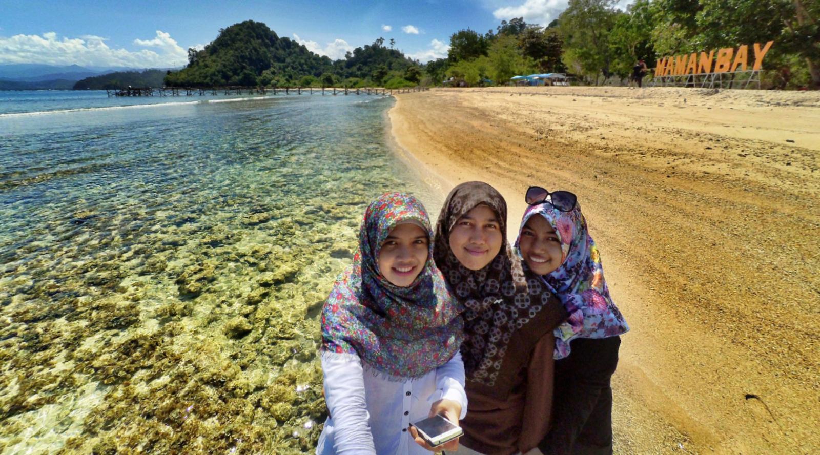 Pantai Painan 5 wisata budaya di indonesia cewek cantik dan manis ini suka sekali manis sekali
