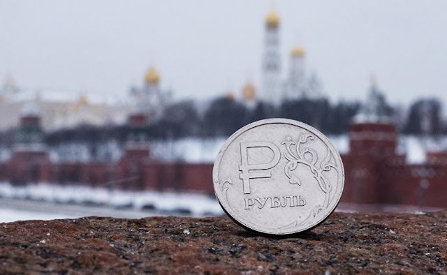Sanções do Ocidente tornaram a Rússia mais forte - Putin