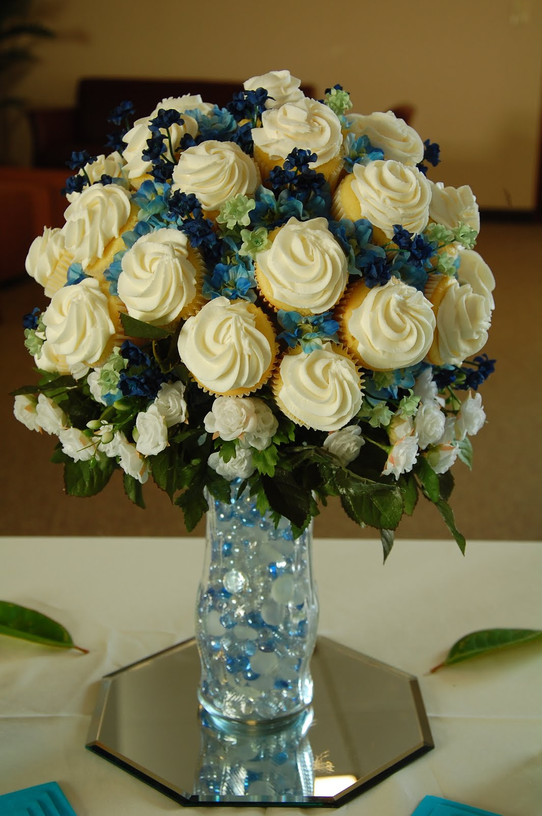 wedding cake centerpieces cupcake bouquet prices cake ideas and designs 22175