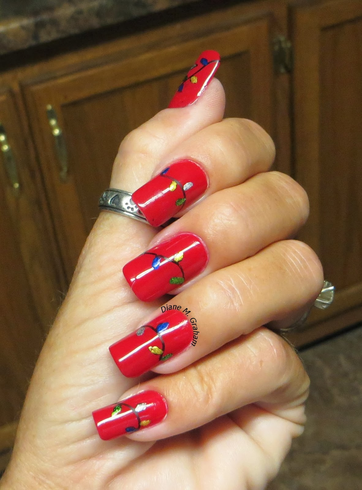 Custom Nail Solutions: Add A Festive & Merry Manicure To