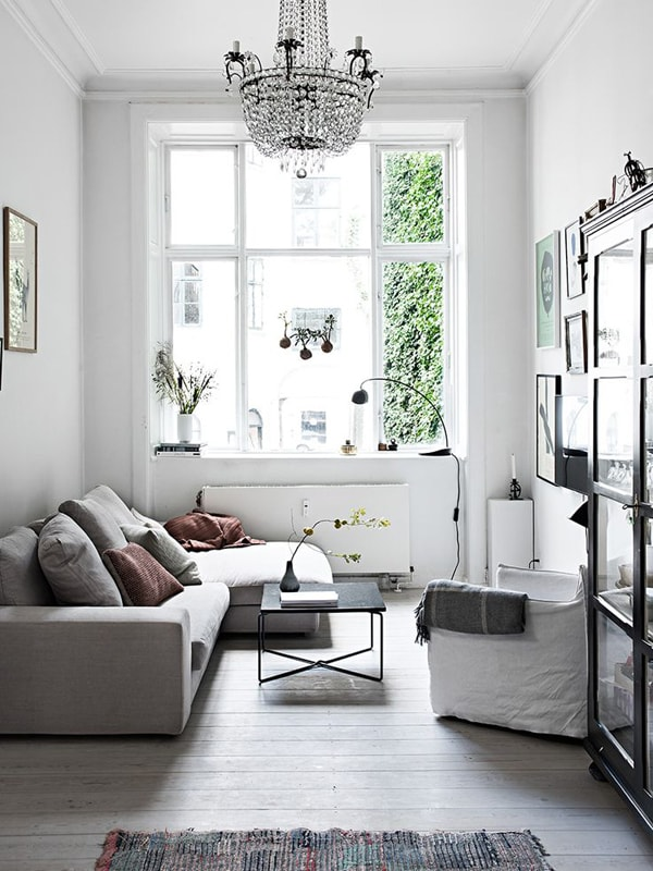 Decorating Ideas Visually Expanding The Room 7