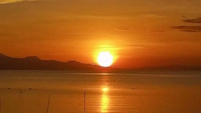 zachodzące słońce w Siquijor Filipiny
