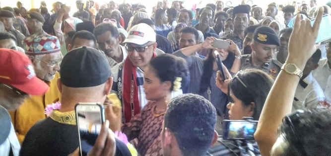 Tagop S.Soulisa melakukan sosialisasi sebagai bakal calon Gubernur Maluku, di Kabupaten Maluku Tenggara dan Kota Tual yang mendapat apresiasi dari masyarakat.