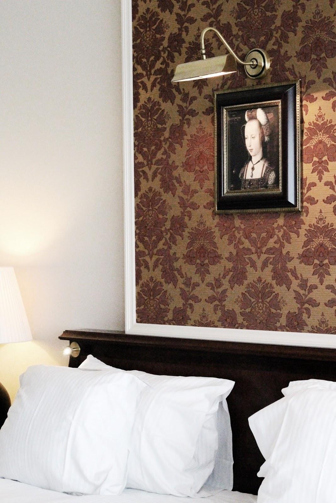 Hotel Dukes' Palace Superior Double Bedroom