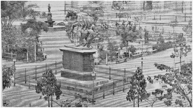 Resultado de imagen para fotos antiguas plaza bolivar de caracas