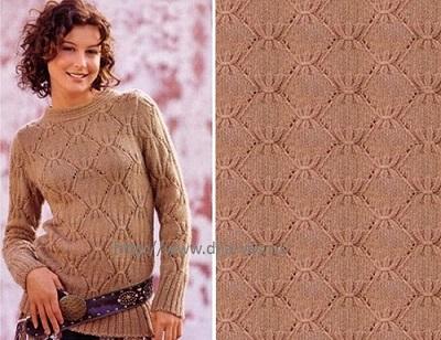 Красивый пуловер.