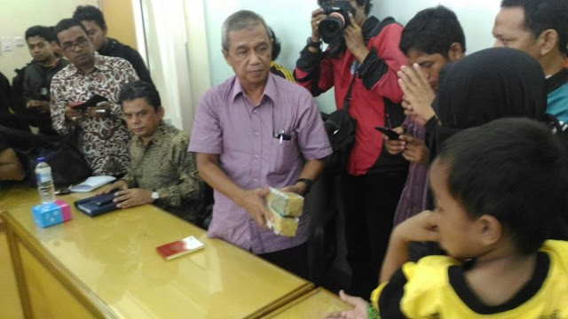 Mata Berkaca-kaca, Busyro Muqodas Nyatakan Muhammadiyah Siap Advokasi Keluarga Siyono