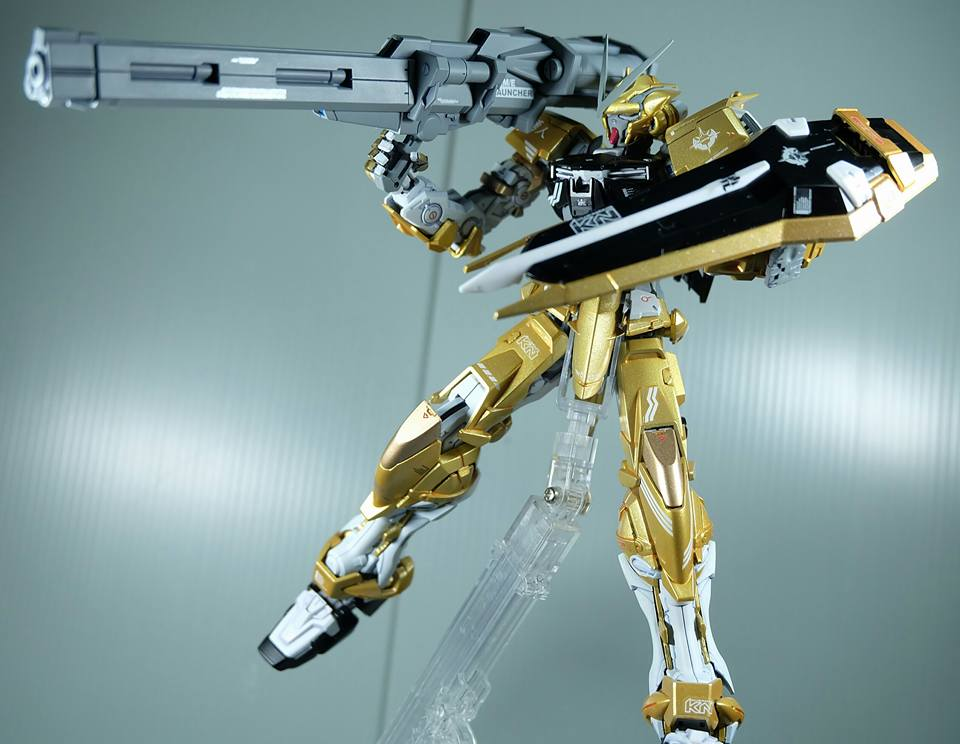 "Custom Build: MG 1/100 ""Prototype Akatsuki"" Gundam Astray Gold Frame"