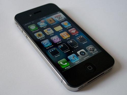Thay màn hình iPhone 4 giá bao nhiêu