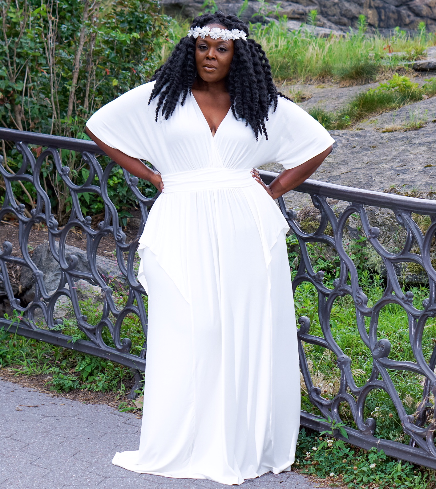 kiyonna maxidress, kiyonna white dress, plus size white dress, white maxidress, plus size maxidress