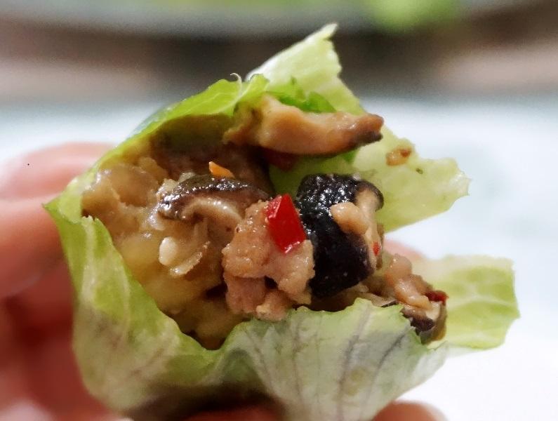 party food spicy pork in iceberg lettuce recipe