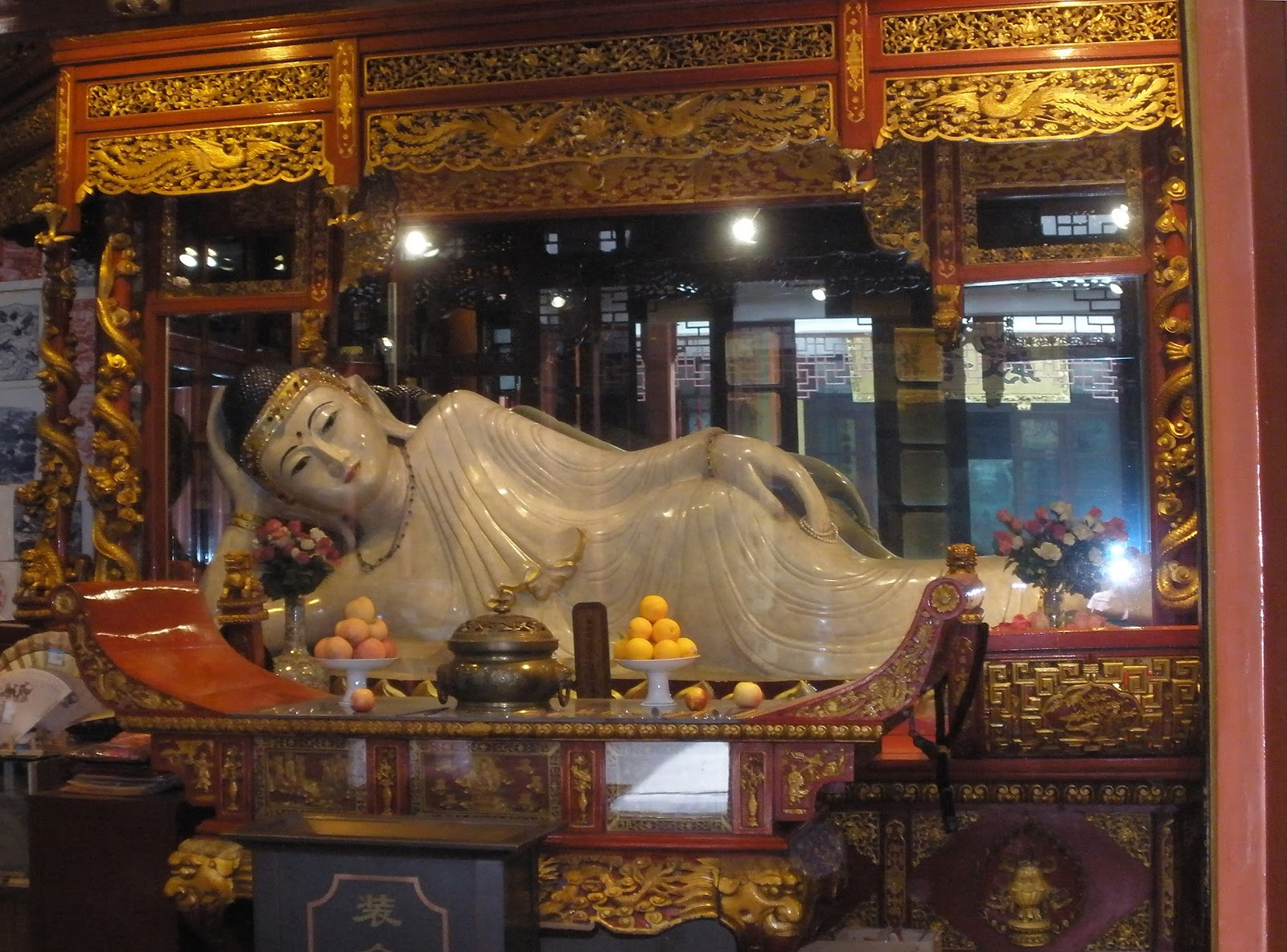 Jax Stumpes: Labour Day Weekend: Jade Buddha Temple & Sheshan Cathedral (5/1-2/2011)