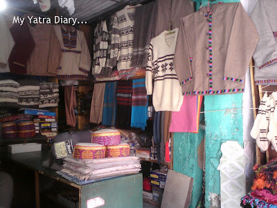 Woolen hand made sweaters and shawls in Gangotri, Uttarakhand
