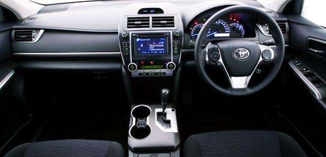 2016 Toyota Camry Atara R Release Interior