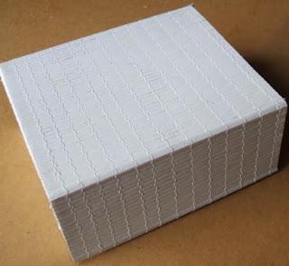 http://www.porcuatrocuartos.com/reciclando-una-caja-de-carton/113