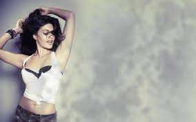 Jacqueline Fernandez Hot Sexy Wallpapers images download in hd in Housefull 3 movie 2016